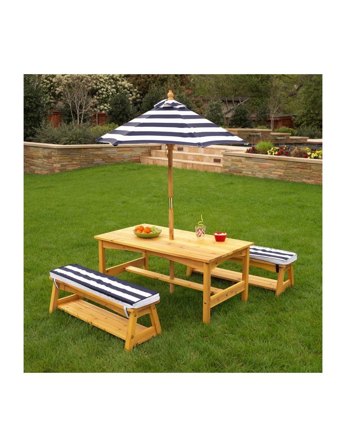 ensemble table et bancs de jardin. Black Bedroom Furniture Sets. Home Design Ideas